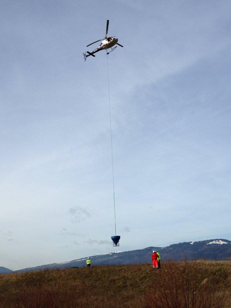 transport-de-marchandises_levage-helicoptere-travaux